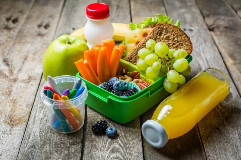 如何让孩子乖乖吃饭?来学几招_儿童护理食物-咀嚼-营养