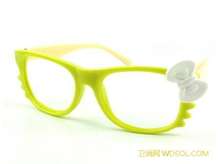 儿童眼镜架颜色怎么选_眼镜架-镜框-肤色-青少年-眼镜-颜色-儿童-