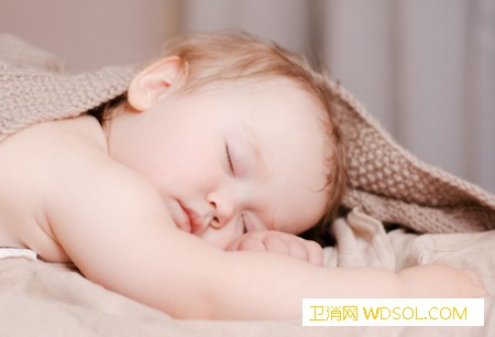 晚上做什么影响宝宝发育_夜宵-陪着-晚上-影响-孩子-会让-刺激- ()