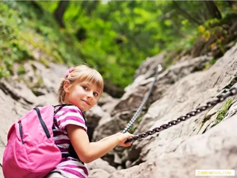 运动让孩子情商更高?_团队-父母-孩子-运动-活动-接纳-风度-