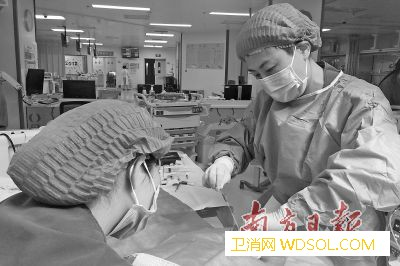 坚守孩子生命最后一道防线一个PICU医生的日_血液科-夜班-科室-儿童医院