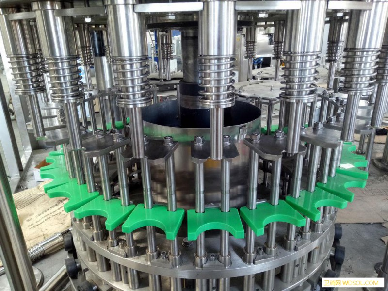 饮料设备 三合一灌装机灌装机_电导率-瓶口-消毒液-冲洗-