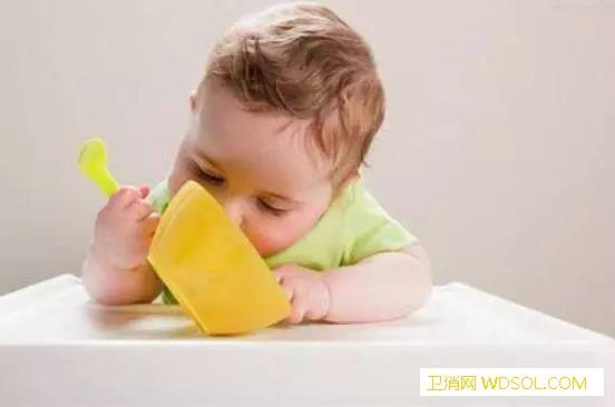 宝宝多大才能吃盐_母乳-微量元素-细菌-身体-