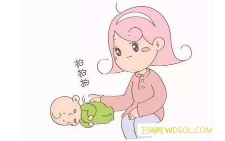 宝宝呛奶后该怎么护理_奶汁-奶水-奶嘴-喂奶-