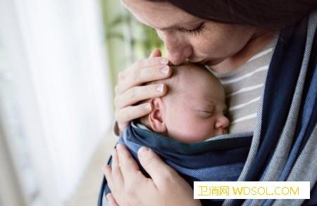 婴儿为什么不能竖抱_脊柱-头部-竖着-婴儿-