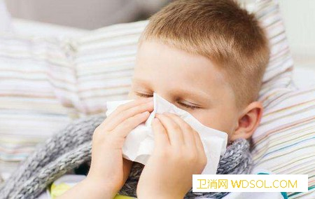 宝宝不同颜色的鼻涕代表哪些健康问题_鼻腔-鼻涕-感冒-家长- ()