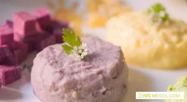 适合宝宝们吃的5道特色营养菜谱_鳕鱼-蛋黄-冬瓜-胡萝卜-
