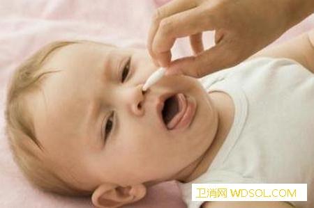 宝宝鼻腔清理的小技巧_棉签-鼻腔-分泌物-婴儿-