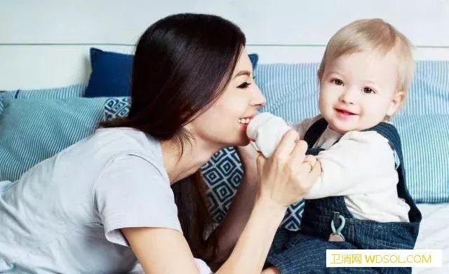冬季母乳喂养的8个常见问题_喂奶-母乳-母乳喂养-回答- ()