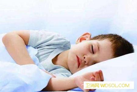 宝宝睡觉爱翻来翻去夜醒多次是为什么?_肠胃-食物-孩子-生长发育-