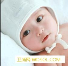 宝宝出门总用婴儿车好吗_开裆裤-喂奶-长期-宝宝- ()
