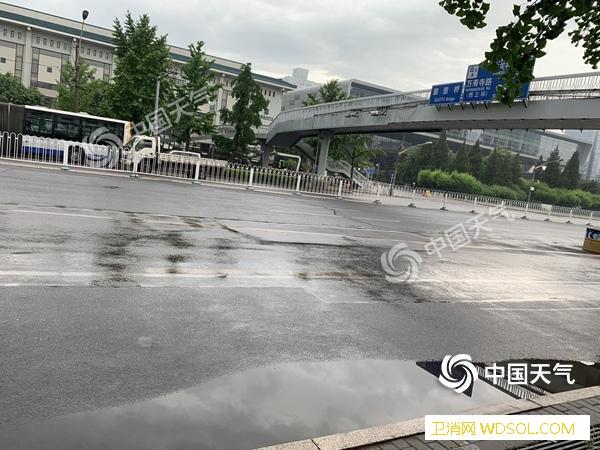今晨北京雨水扰城今日最低温仅13℃风_降雨-北京-气温-
