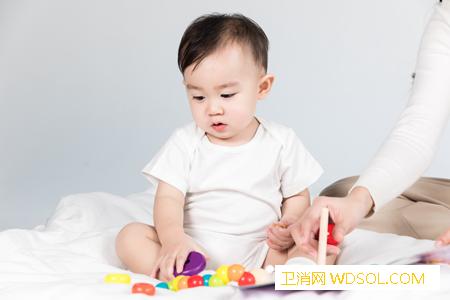 宝宝有哪些习惯是变聪明的表现_认生-妈妈-宝宝-孩子-