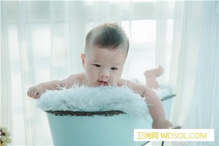 夏季宝宝风寒感冒后不能吹空调吗_温差-温度-感冒-室内-
