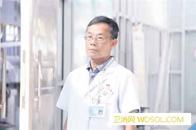 十月月度人物_汉族-月度-评议-护士-