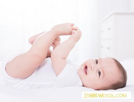 婴儿为什么喜欢蹬腿宝宝蹬腿是缺钙吗_蹬腿-触觉-缺钙-宝宝-